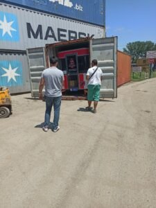 Carinjenje eletricnog kamiona